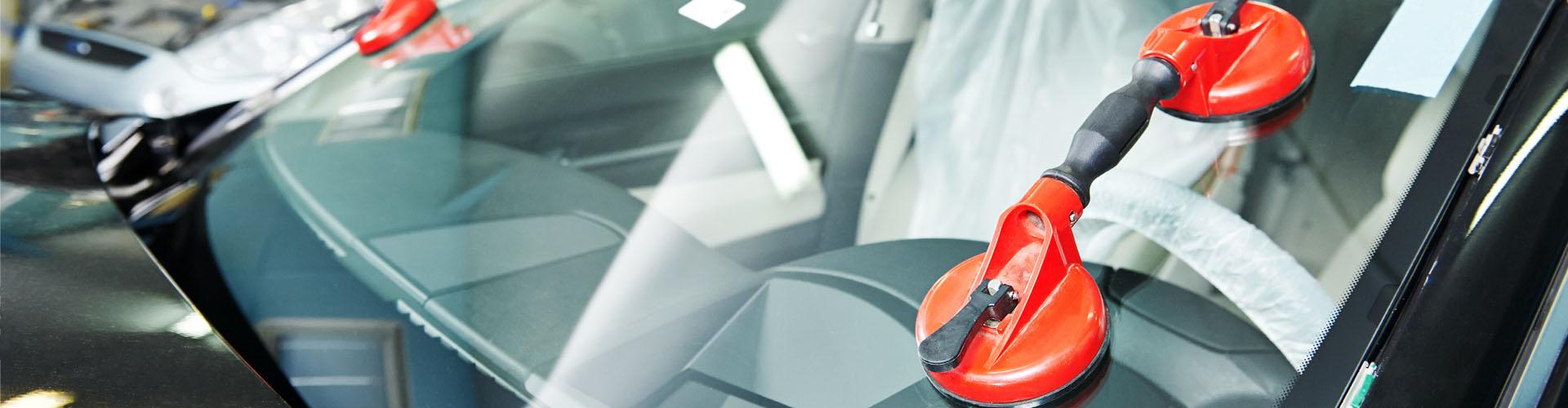Mamy 30 lat doświadczenia w sprzedaży i w montażu szyb samochodowych